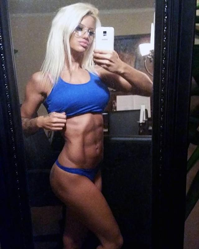 Sandra Reiche Fitness Model Instagram photos