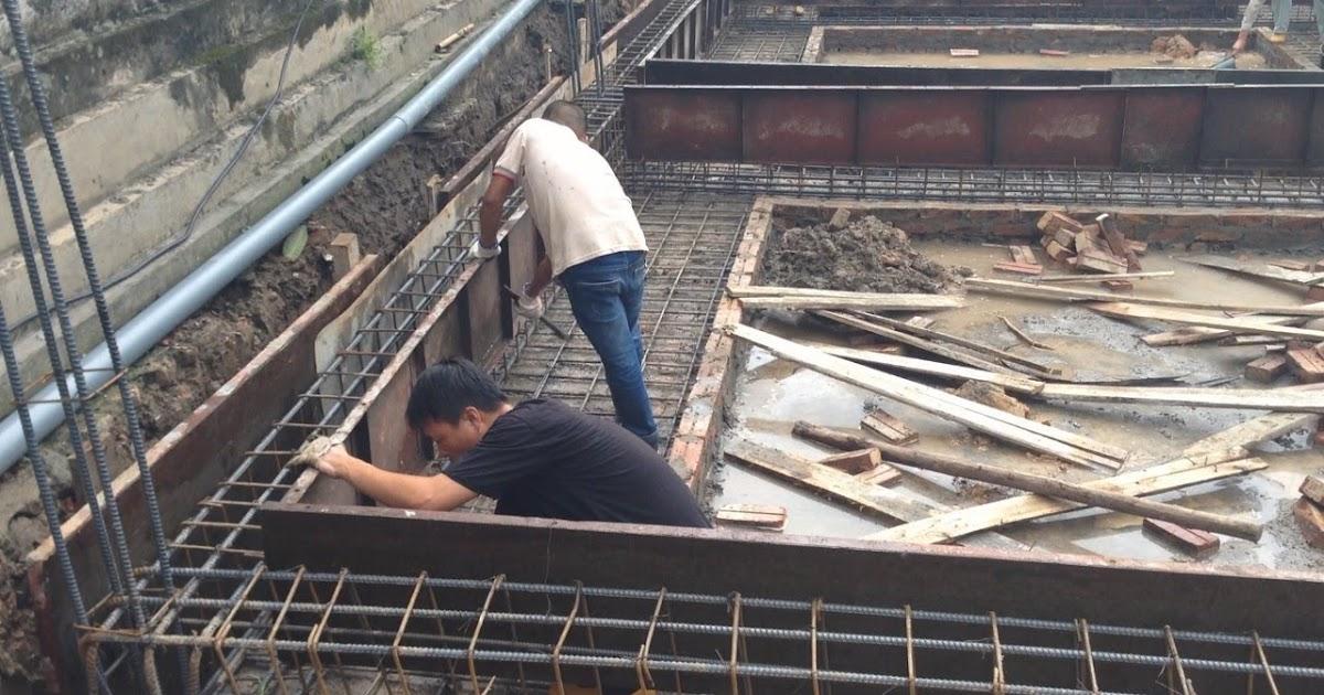 Installation Concrete Formwork For Foundation Girder