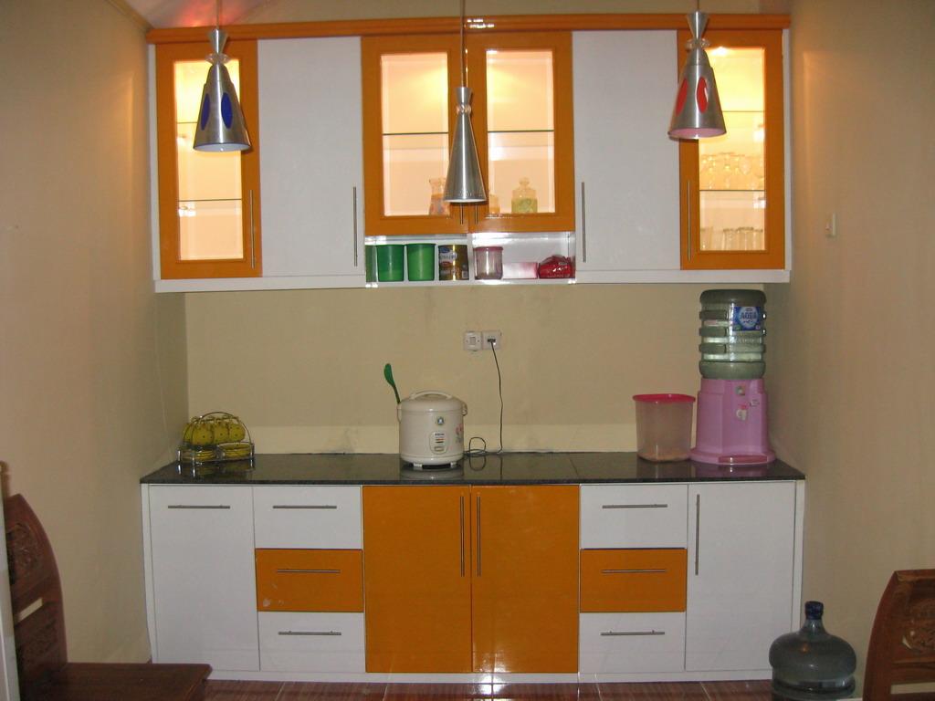 Kitchen Set Kayu Minimalis Tataomah