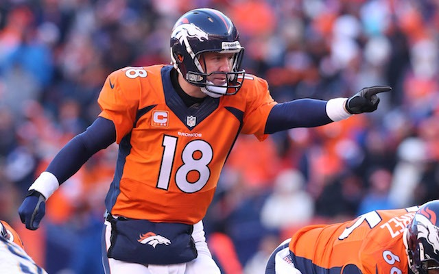 La edición de oro del Super Tazón (ST) de futbol americano tiene como  campeones a los Broncos de Denver 03fd6b4daae