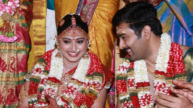 Telugu and Hindi Songs Lyrics: Sneha Marriage Pics