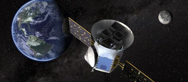 Εντυπωσιακή Ανακάλυψη: H NASA Βρήκε Νερό Στη Σκοτεινή Πλευρά Του Φεγγαριού