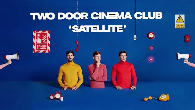 Two Door Cinema Club lança novo single e anuncia novo álbum