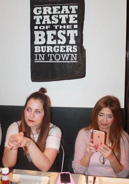 Encuentros Bazar, Lara Dibildos, Blogger, Steak Burger, Gourmet, foddie, Lifestyle
