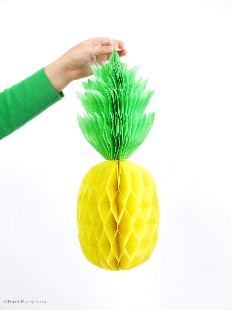 Diy pineapple honeycomb party decorations party ideas Ananas dekoration