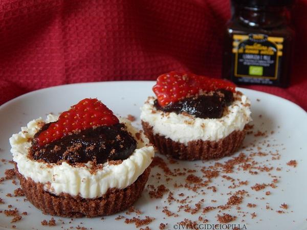 Mini cheesecake alla liquirizia e mele