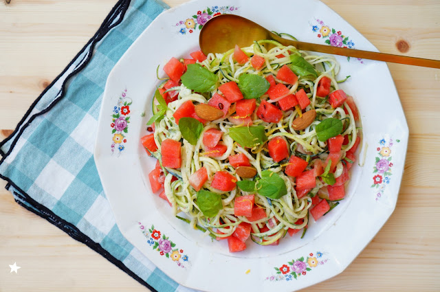 spaghetti courgette sauce menthe amande citron pastèque rawfood cuisine crue vegan