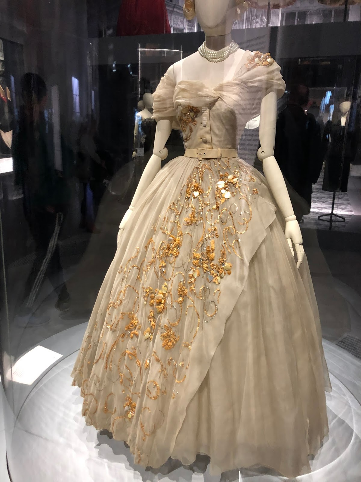 christian dior exhibition v and a princess margaret dress