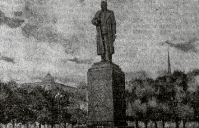 1952 год. Рига. Бульвар Коммунаров. Проект памятника И.В. Сталину.