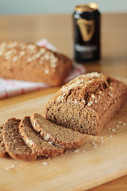 Guinness Bread, this quick bread requires no kneading or rising time and who could resist that subtle Guinness tang! GoodFoodShared.blogspot.ie