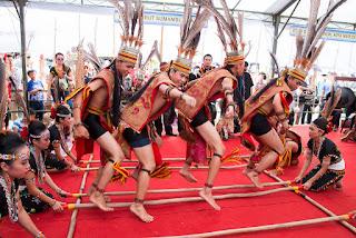 tari tradisional kalimantan utara