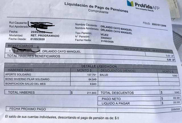 """Denuncian que Banco Estado descontó pensión de vejez y """"bono invierno"""" para pagarse un crédito"""