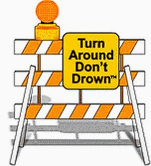 Turn around don't drown sign