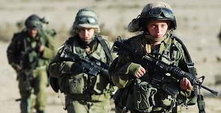 kadın asker