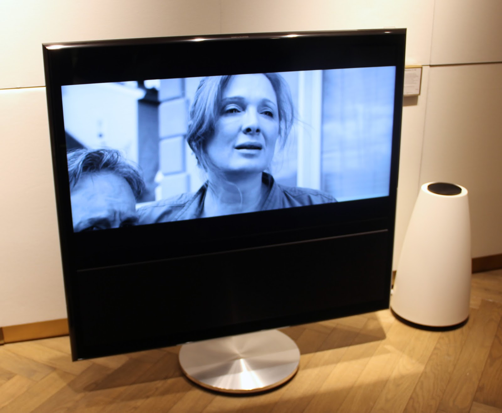 Bang And Olufsen Beovision 11 bang & olufsen luxury portfolio sound+electronics 2014