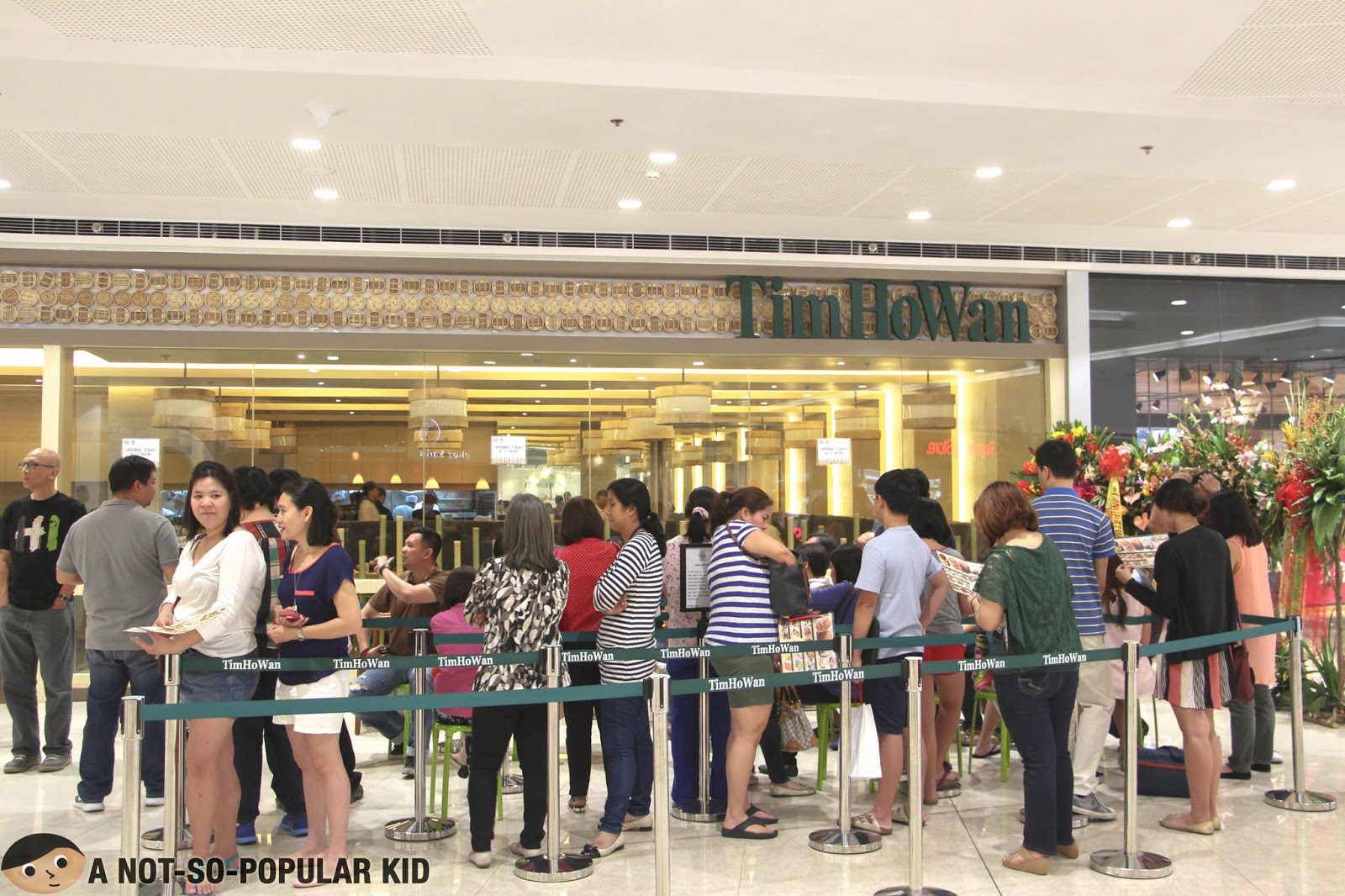 Tim Ho Wan Long Queue