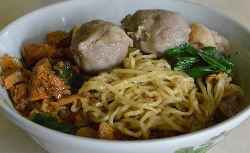 Mie-Ayam-Mas-Katam-Sensasi-Kuliner-Sedap-Menggoda