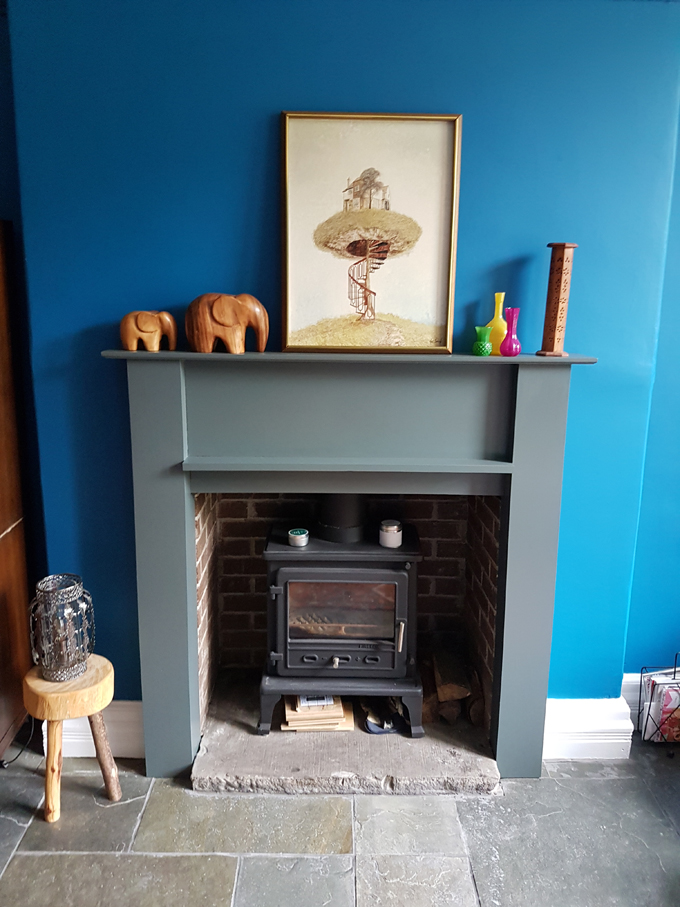 renovating a Victorian lounge http://www.archieandtherug.com/