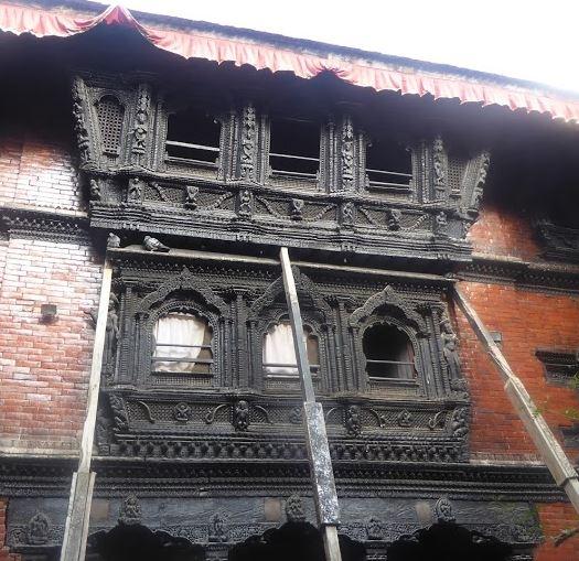 finestre intarsiate nel palazzo della kumari
