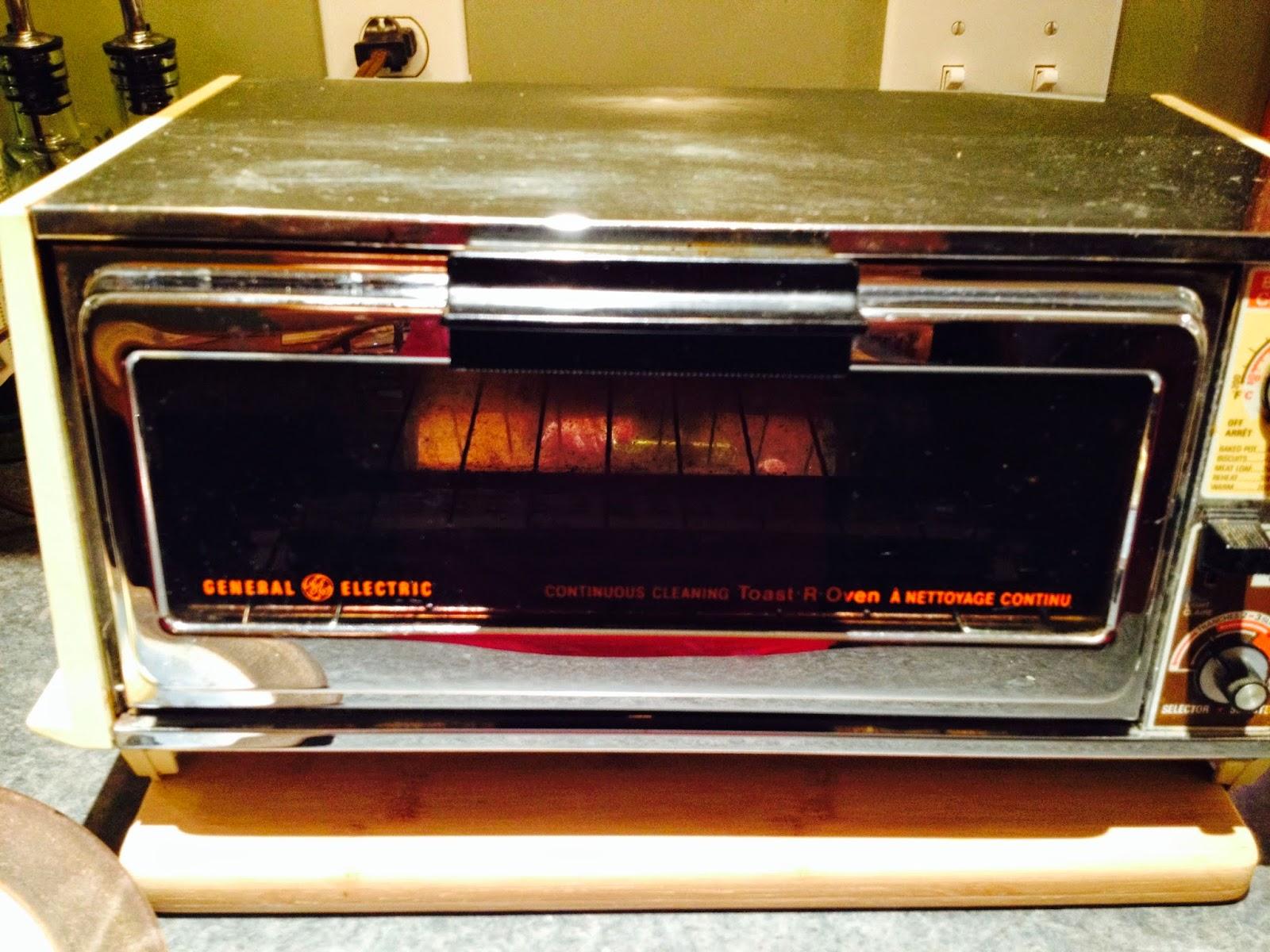 rhubarb roses toaster oven bread. Black Bedroom Furniture Sets. Home Design Ideas