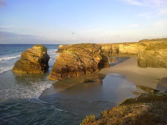 Playa de las Catedrales en Barreiros