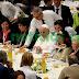 Papa invita a almorzar a tres mil pobres y necesitados