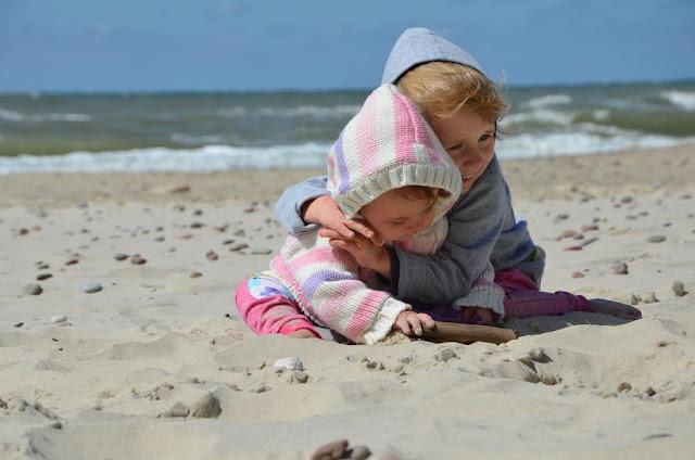 Kamienie milowe w pierwszych miesiącach życia dziecka - o czym powinnaś wiedzieć