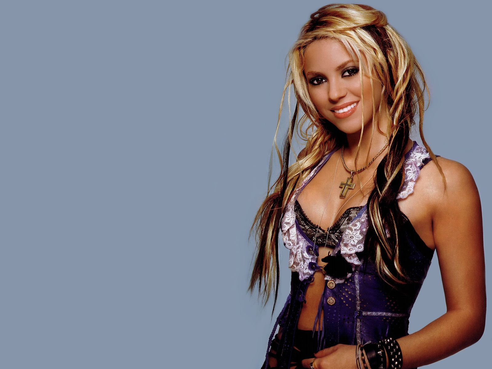 Shakira - WallpaperShakira
