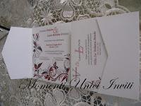 IMG_5145 Partecipazione Pocket in cartoncino perlescente tonalità grigio e rossoColore Grigio Colore Rosso Partecipazioni Pocket