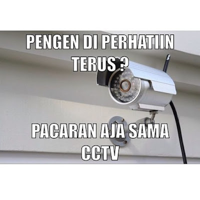 7 Meme Lucu 'CCTV' Ini Bikin Ketawa Ngakak Campur Baper