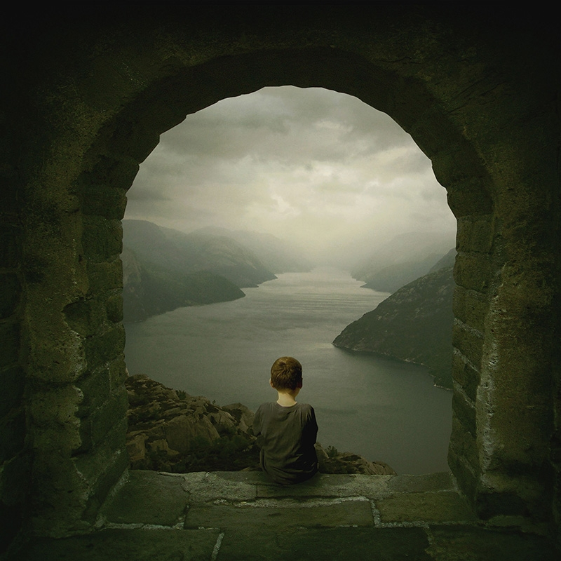 11-The-Story-Teller-Michael-Vincent-Manalo-Conceptual-Visual-Art-and-Digital-Paintings-www-designstack-co