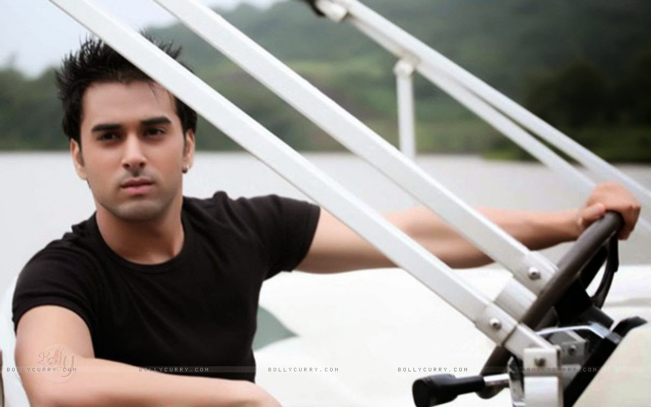 Pulkit Samrat Desktop Wallpaper