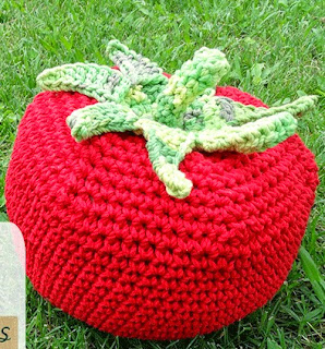 http://www.katia.com/blog/es/2014/06/24/craft-lovers-spinmeets-patron-ganchillo-tomate-xxl/