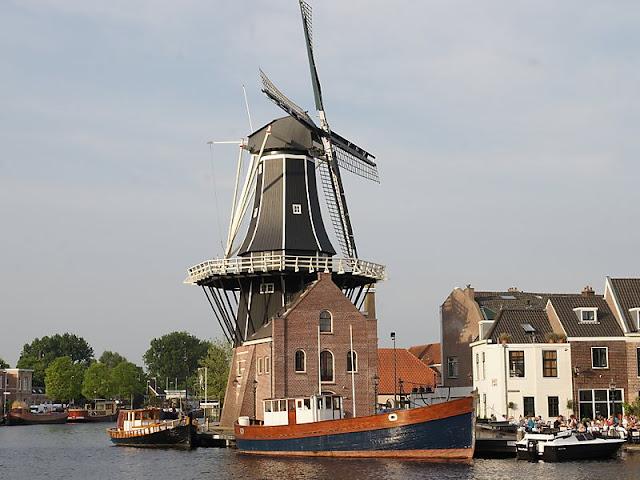 Moinho de Adriaan em Haarlem
