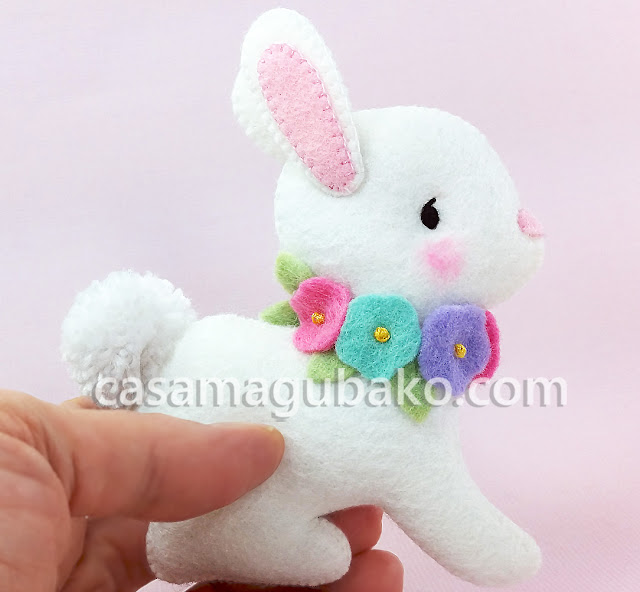 Easter Bunny Wall Hanging by casamagubako.com