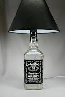 como hacer una lampara con una botella de jack daniels