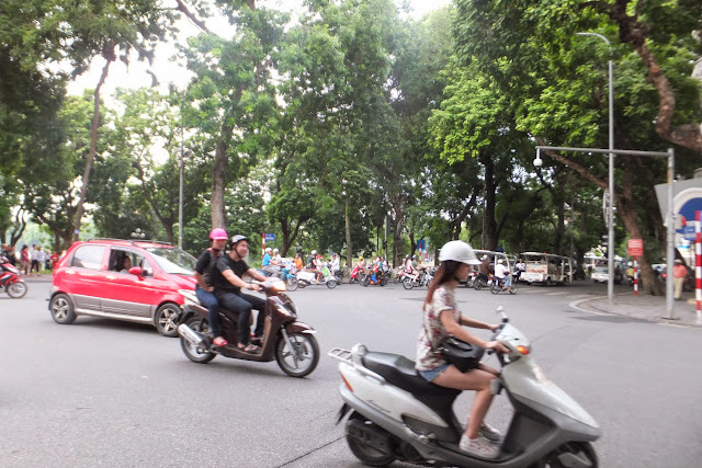 hanoi-crossing