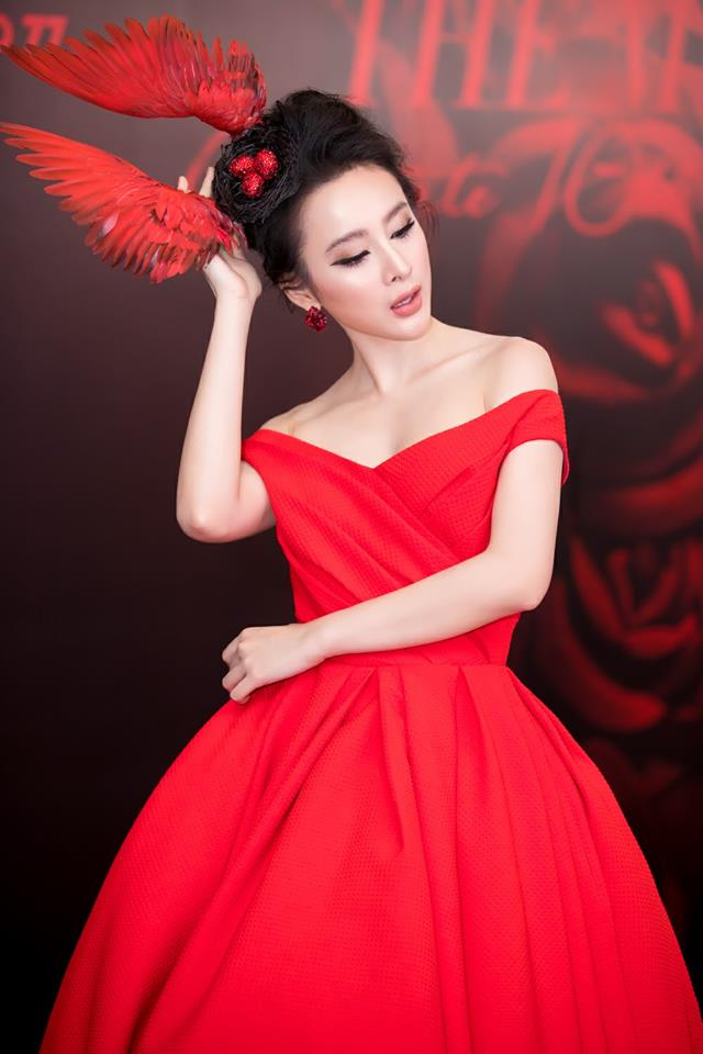 Angela Phuong Trinh - super models