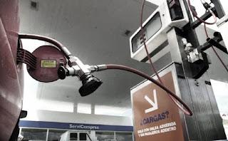 Desde la Cámara de Expendedores de Combustibles aseguraron que el aumento del gas perjudicó la rentabilidad y los empresarios aún no pueden negociar salarios.