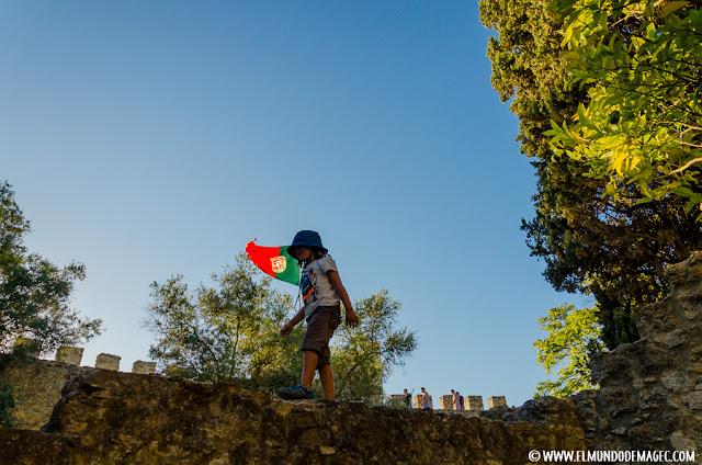 Castillos-de-Portugal, paseando por las murallas del Castillo