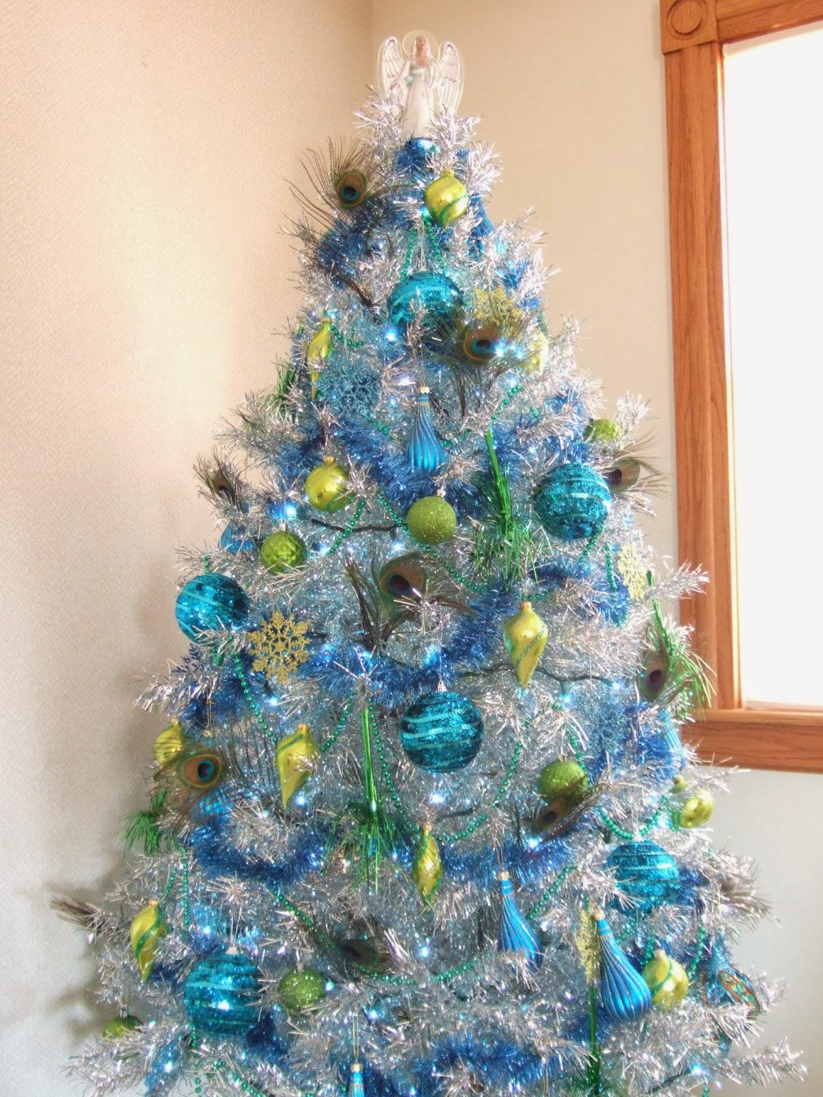 huge discount d00b8 d1bad Jacobs Family Blog: Peacock Christmas - Tinsel Tree
