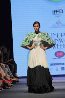 Actress Mannara Chopra Ramp Show in Fashion Dress at Delhi  0007.jpg