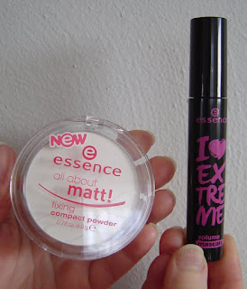 Essence All About Matt Fixing Powder and Mascara.jpeg