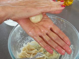 elaboración de los mazapanes