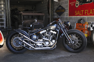 rusthless racer ironhead 1000 bobber by graffi bike side right