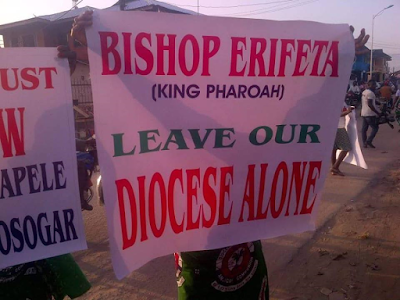 Women protest against the Bishop of Sapele Anglican Diocese who was accused of embezzlement (See Photos)
