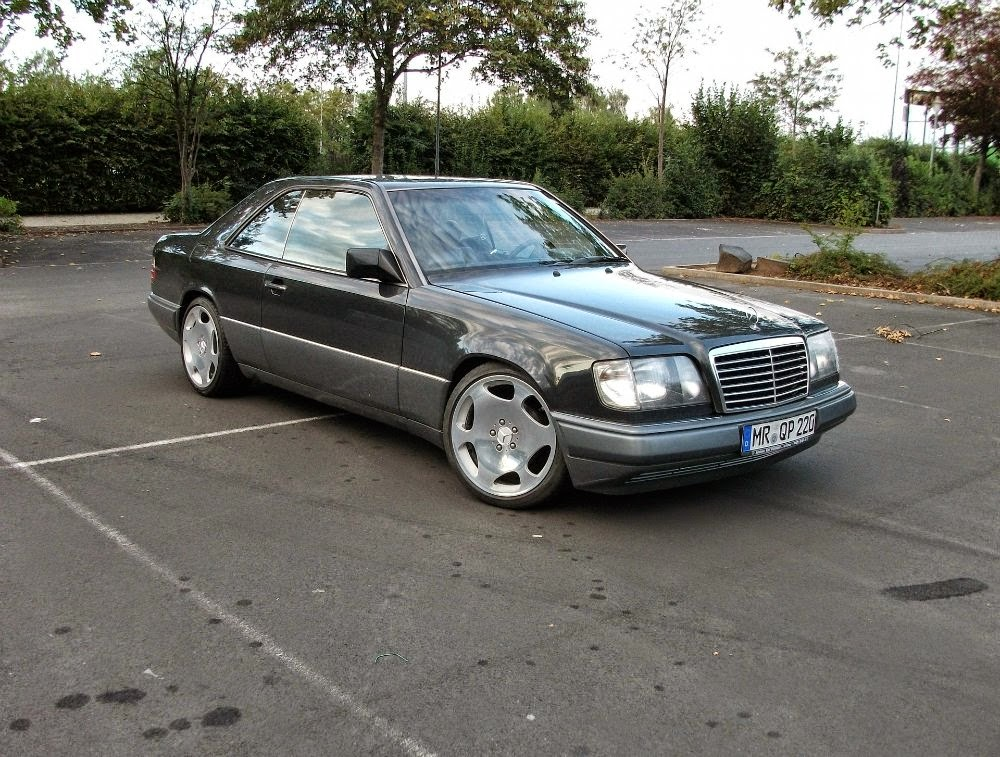 mercedes benz w124 coupe on w220 s600 wheels benztuning. Black Bedroom Furniture Sets. Home Design Ideas