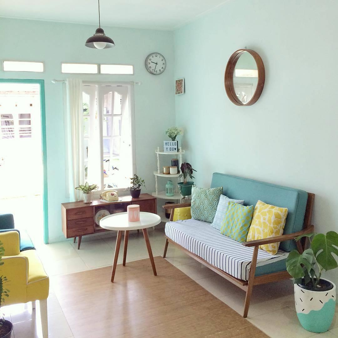 cara dekorasi ruang tamu pada rumah yang sempit mungil dan