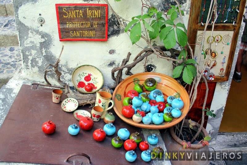 Santorini fue nombrada así por su patrona, Santa Irene