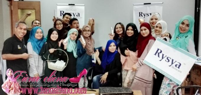 Bersama rakan-rakan blogger